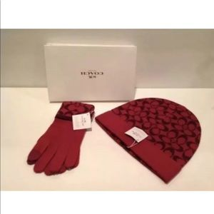 Coach Signature Knit Hat F86024 Knit Gloves  NWT